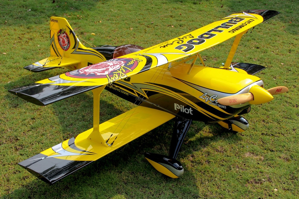Pilot RC Pitts Challenger